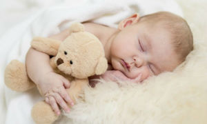 Как понять, когда ребенок начинает спать всю ночь?