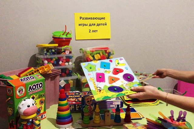 Игры для детей для 2 лет: развивающие упражнения, игрушки своими руками и другие