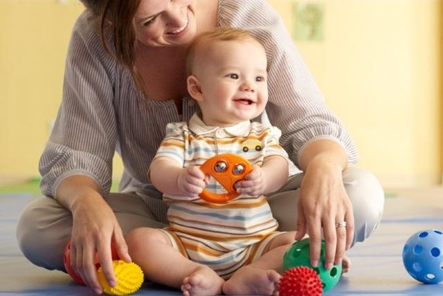Логопедические занятия для детей 2-3 лет для развития речи: упражнения и игры