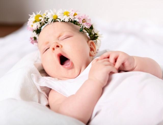 Имена для девочек редкие и красивые: как назвать дочь необычно, современно и интересно?