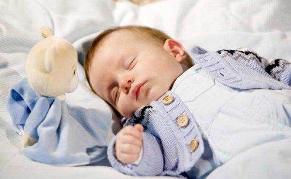 Как уложить ребенка спать за 5 минут: быстро и без слез (советы Комаровского)