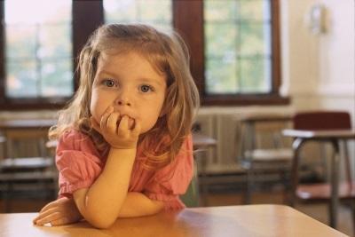 Как отучить ребенка ныть по любому поводу в 5-7 лет, что делать?