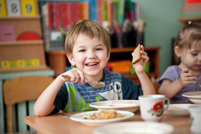 Адаптация ребенка в детском саду : советы психолога, памятка для родителей